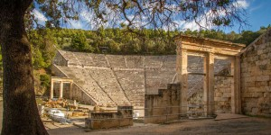 theater-of-Epidavros-1