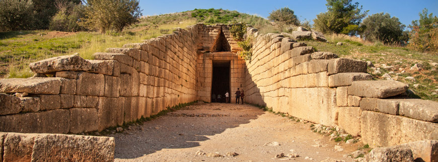 Archaeological-site-of-Mycenae-Treasure-tomb-of-Atreus-870-322