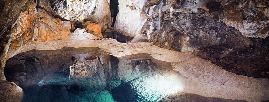 The-cave-of-lakes-3-Kalavrita-Peloponnese-Greece