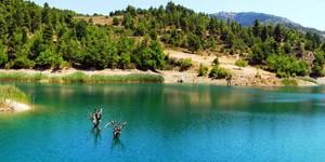 Tsivlou-lake-3
