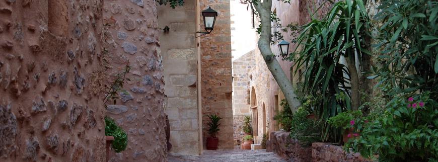 monemvasia-3-Peloponnese-Greece