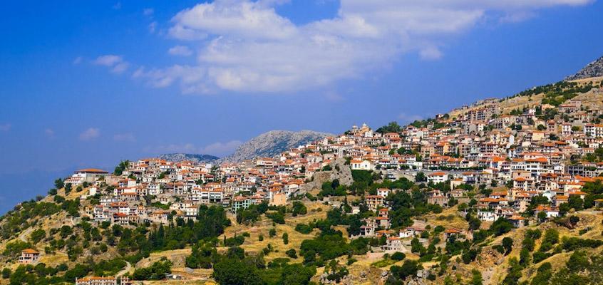 Arachova-Greece-Day-tour-to-Delphi-1