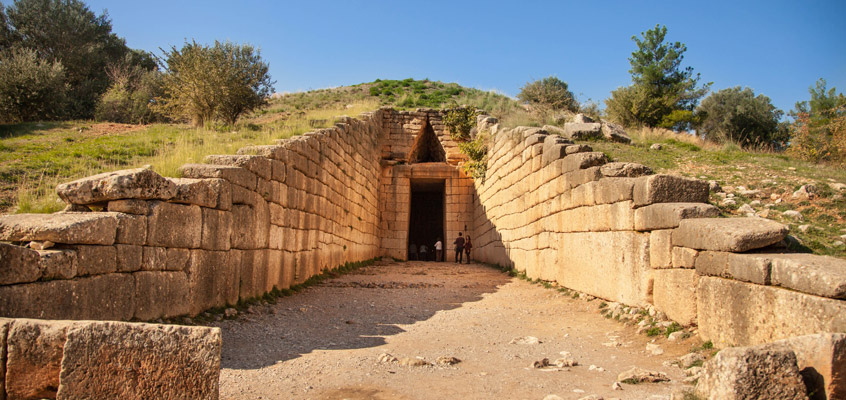 Archaeological-site-of-Mycenae-Treasure-tomb-of-Atreus-1-of-Peloponnese-in-Greece
