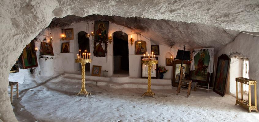 Religious-tour-from-Nafplio-in-Peloponnese-of-Greece-1