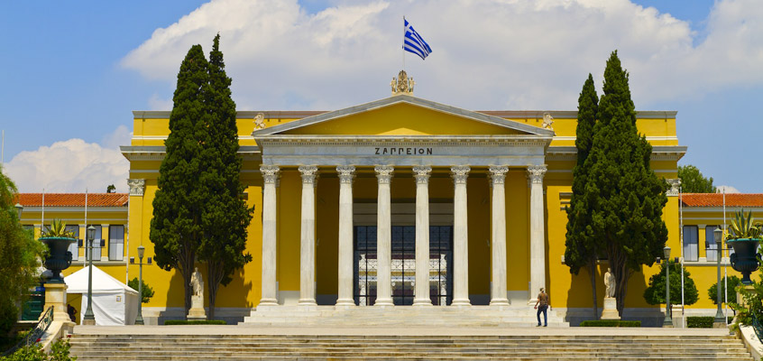 greece_athens_guards-Sightseeing-tour-&-Acropolis-Museum-1