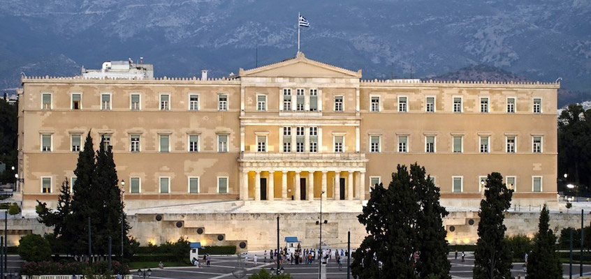 greece_athens_guards-Sightseeing-tour-&-Acropolis-Museum-3