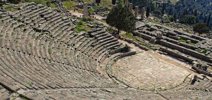 greece_delphi_apollo_temple_-Day-tour-4