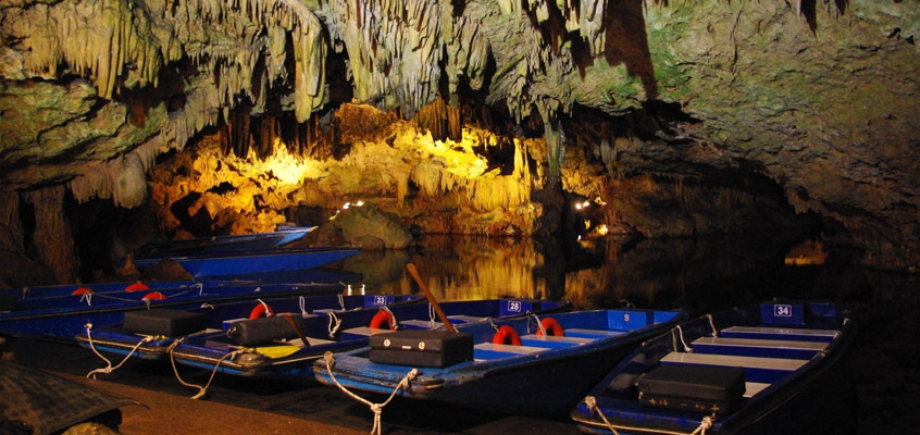 Diros-Cave-of-Laconia-in-Peloponnese-of-Greece-3