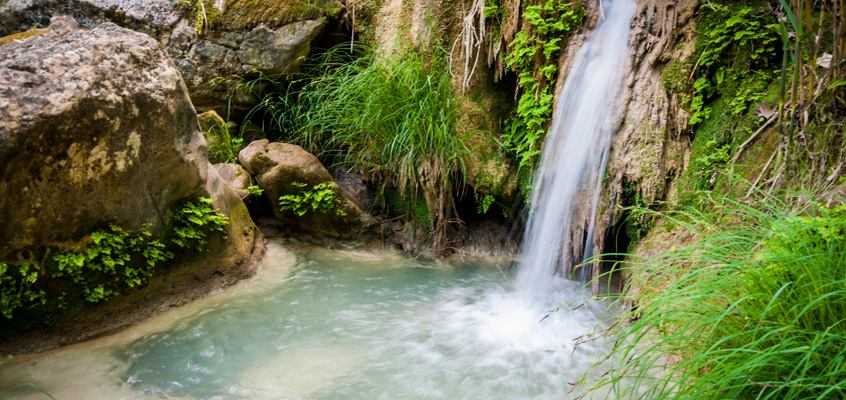 River-hiking-in-Polilimnio-of-Kalamata-in-Peloponnese-of-Greece-4