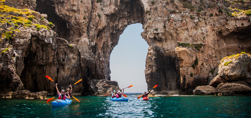 Sea-kayak-in-Pylos-of-Messinia-in-Peloponnese-of-Greece-1