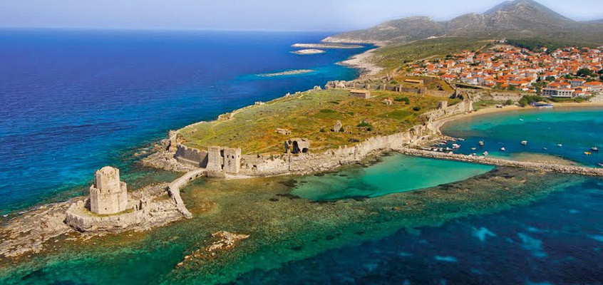 The-castle-of-Methoni-of-Messinia-in-Peloponnese-of-Greece-2