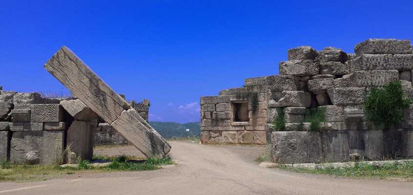 Tour-to-Ancient-Messene-from-Kalamata-in-Peloponnese-2